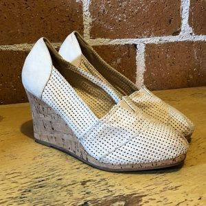 """Vintage bamboo brand """"Leah"""" woven wedges"""
